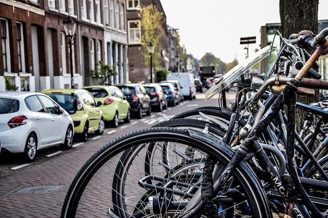 Nog maar kort in Nederland, maar toch je rijbewijs halen? Volg driving lessons in heerlen!